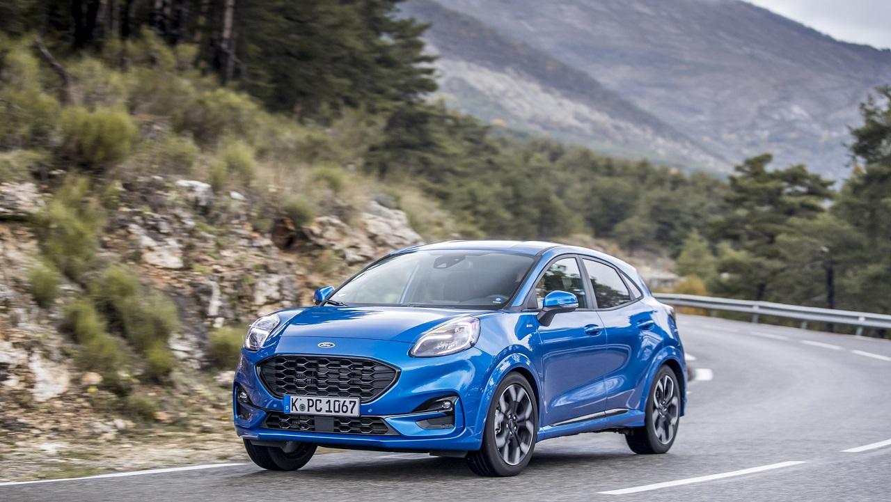 Ford domina il mercato delle auto ibride in Italia nel 2020 thumbnail