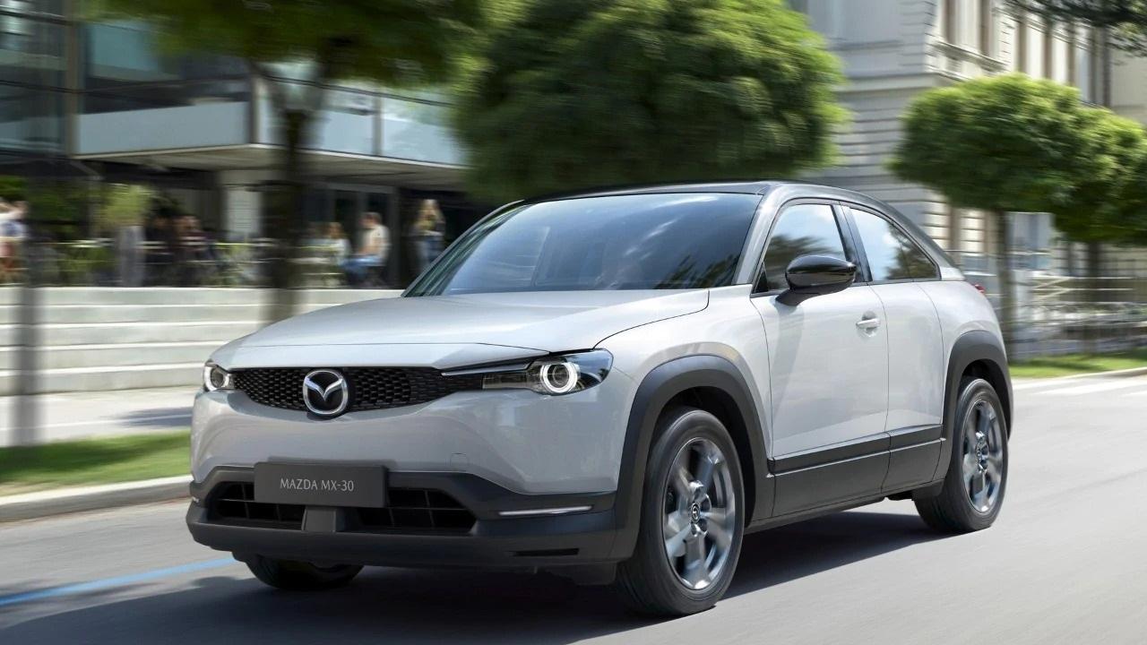 Mazda MX-30: il lancio italiano celebrato con la nascita di Bosco Mazda thumbnail