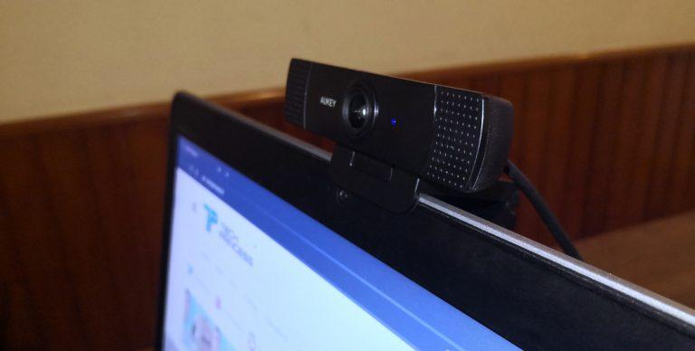 migliore webcam economica AUKEY PC-LM1 copertina