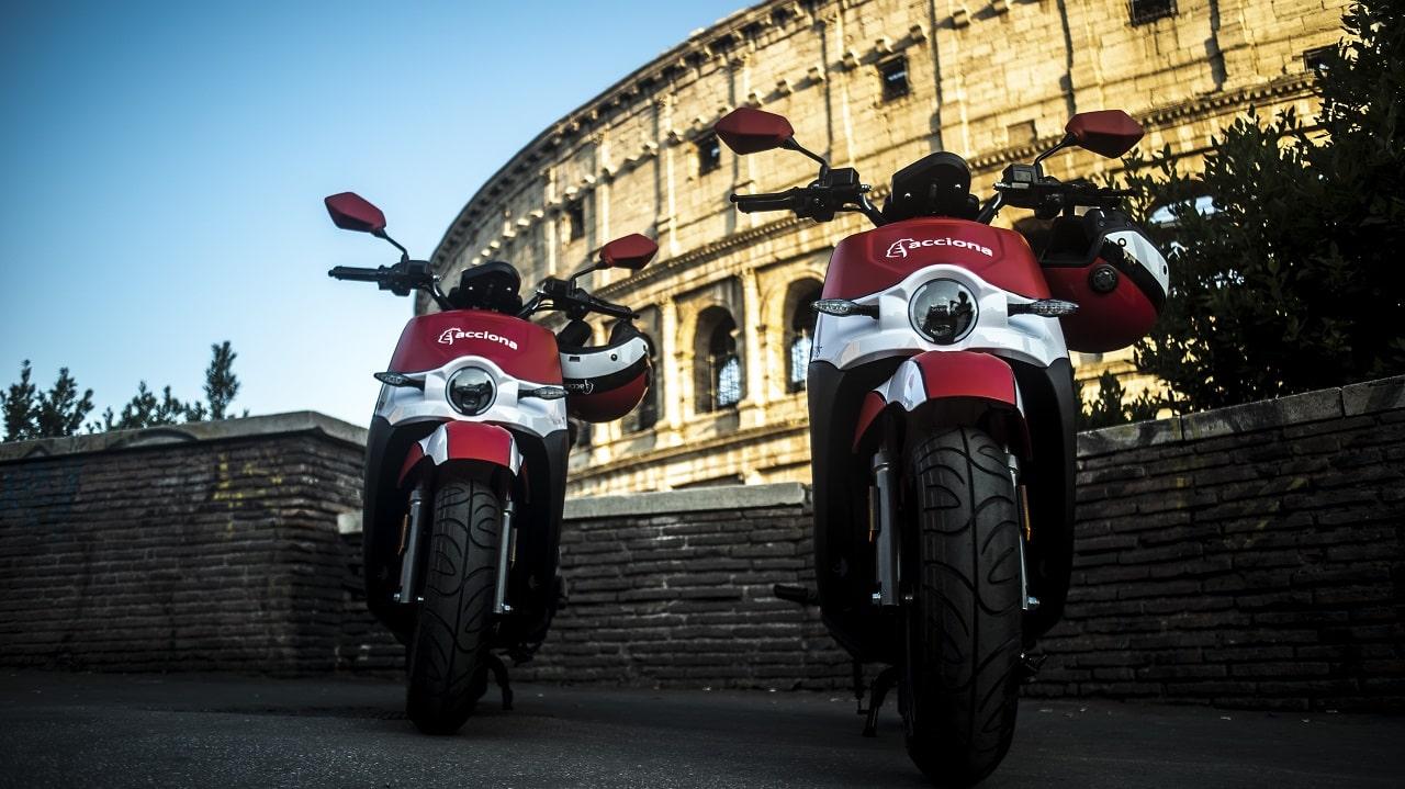 Acciona triplica il numero di moto elettriche in sharing a Roma thumbnail