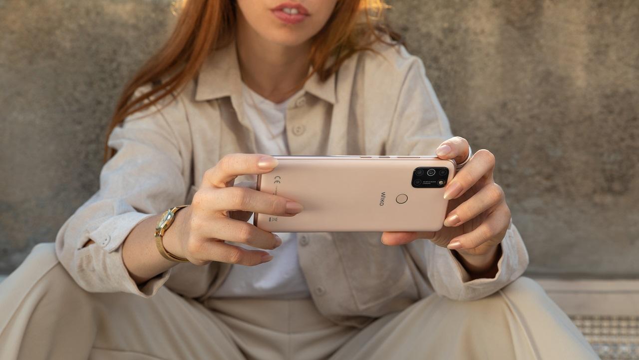 Annunciati i nuovi smartphone Wiko View 5 e View 5 Plus: ecco le caratteristiche e i prezzi thumbnail