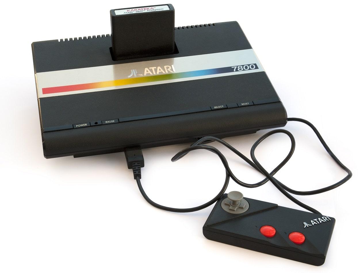 Atari_7800 vs nes