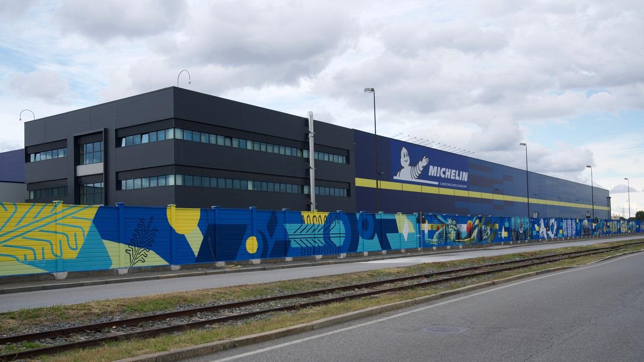 Michelin inaugura a Torino il nuovo European Distribution Center thumbnail