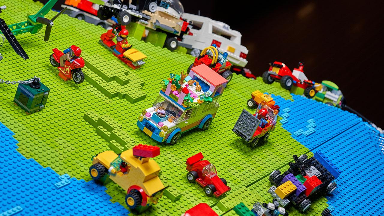 Rebuild the World mondo LEGO