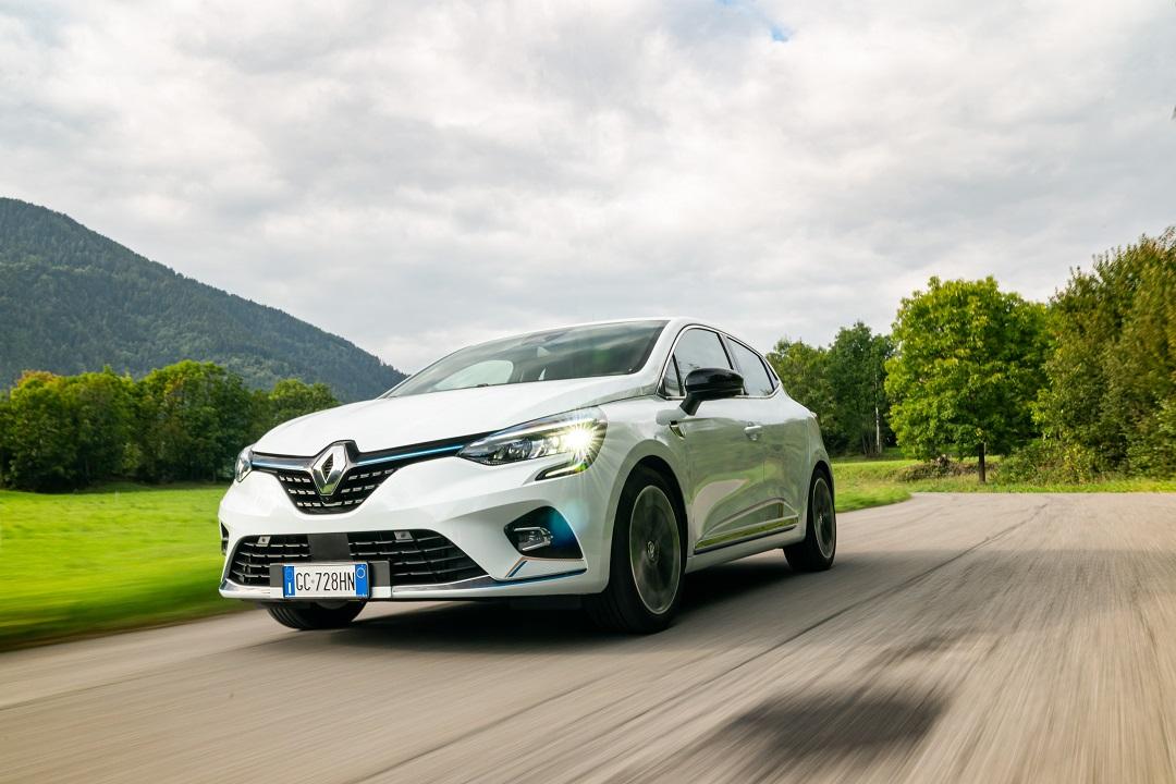 Renault Clio E-Tech Hybrid prime impressioni: la migliore piccola ibrida? thumbnail