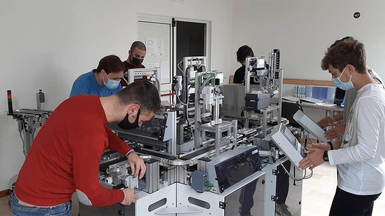 ITS, l'Istituto di Alta Specializzazione che sforna talenti thumbnail