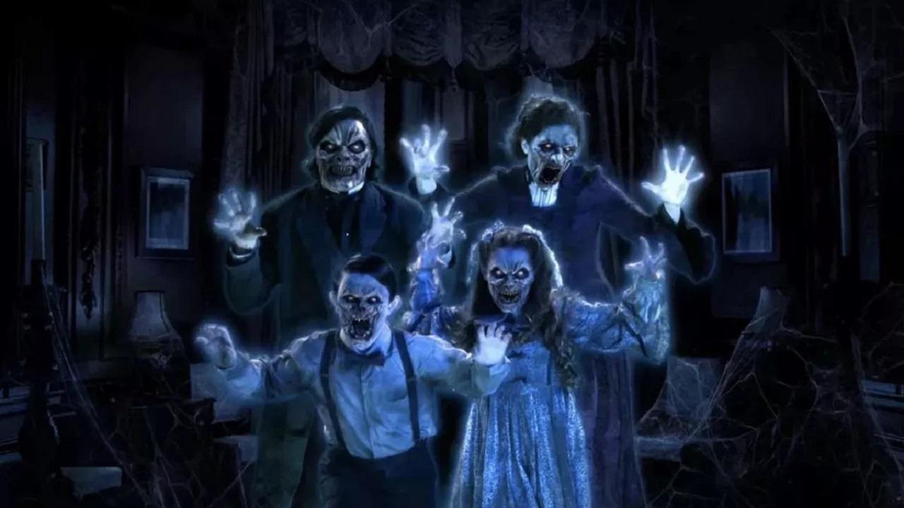 Aspettando Halloween - decorazioni e tecnologia per un'atmosfera terrificante thumbnail