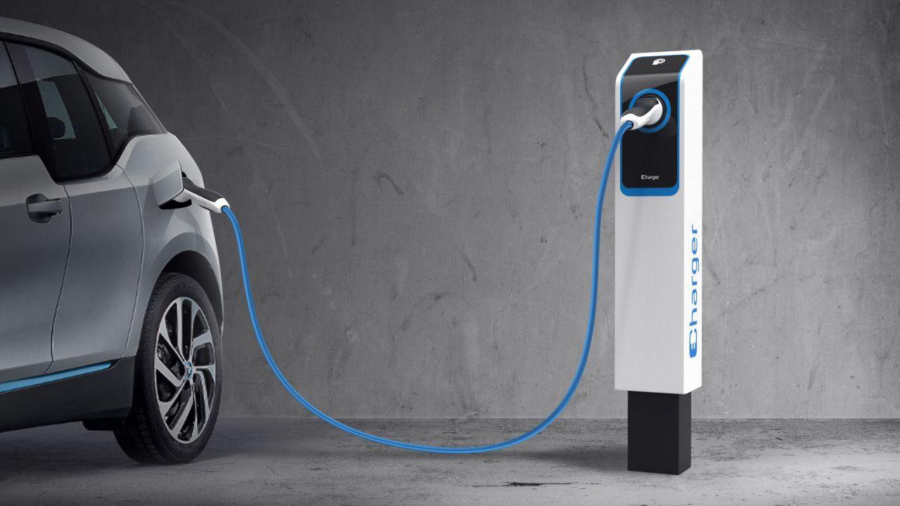 Bosch chiede agli automobilisti europei quale sarà il futuro dell'auto thumbnail