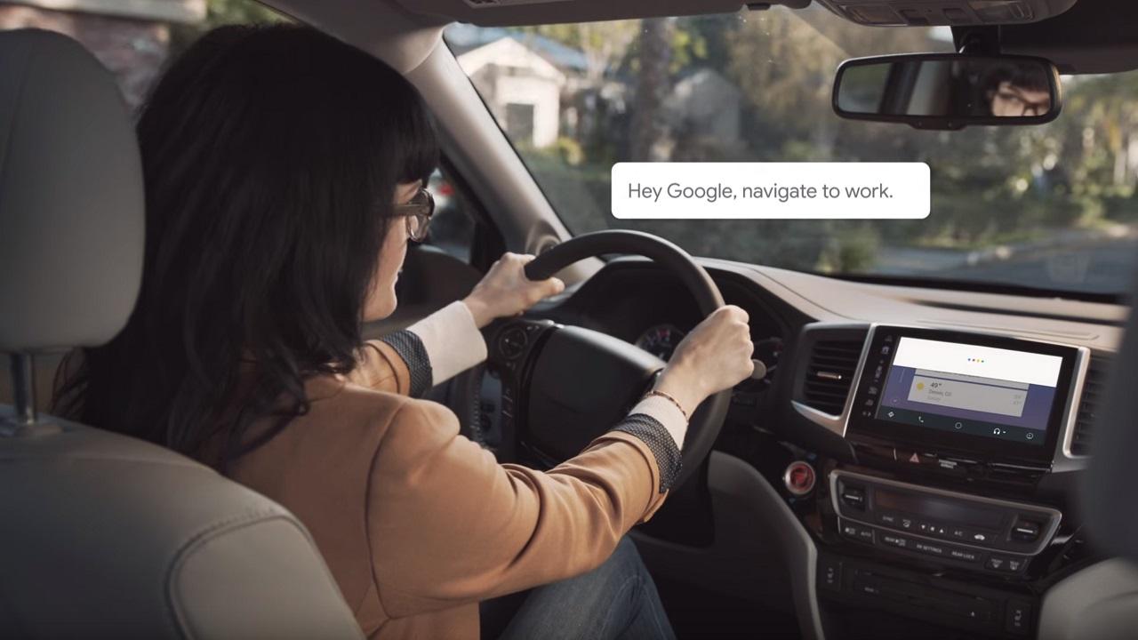 Parte il progetto per far conoscere le funzionalità dell'Assistente Google in auto thumbnail