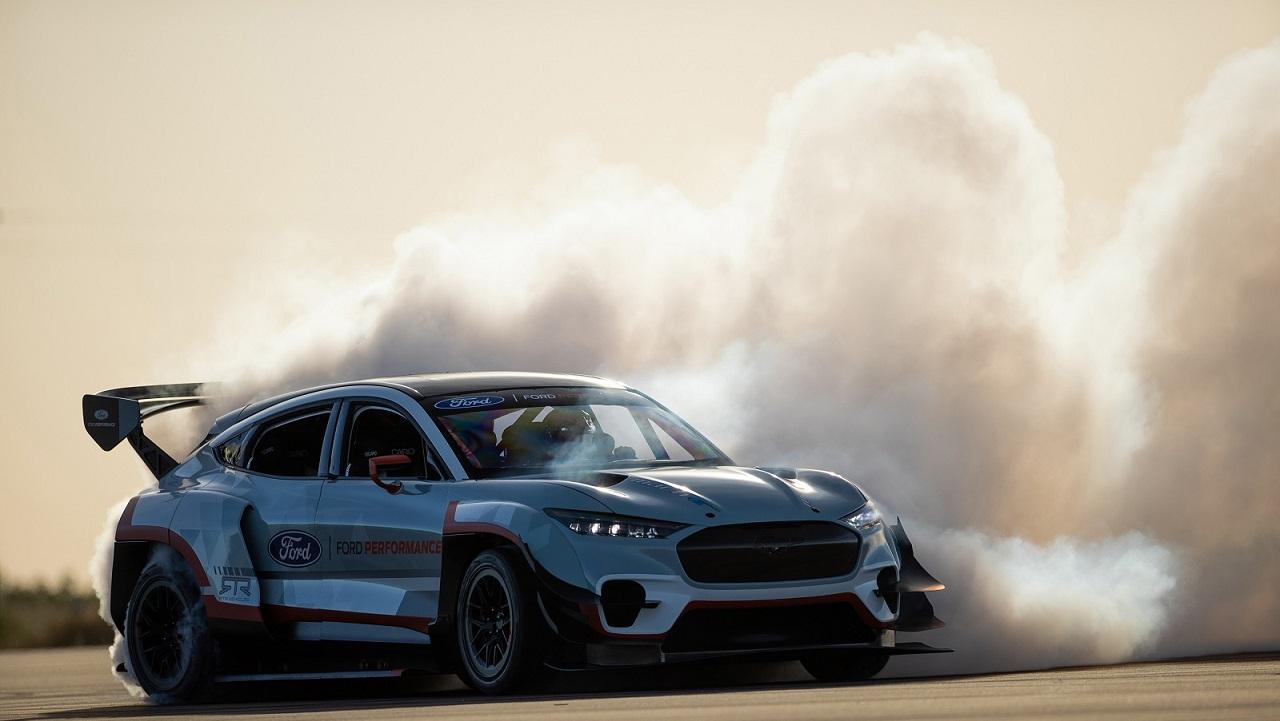 Ford presenta due modelli Performance al Goodwood SpeedWeek thumbnail