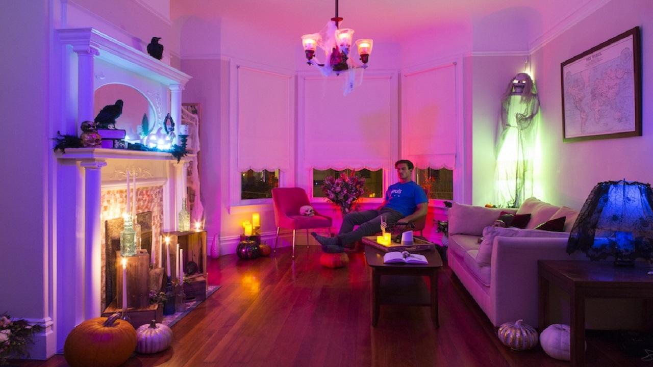 Aspettando Halloween - altre decorazioni per una Smart Home spaventosa thumbnail