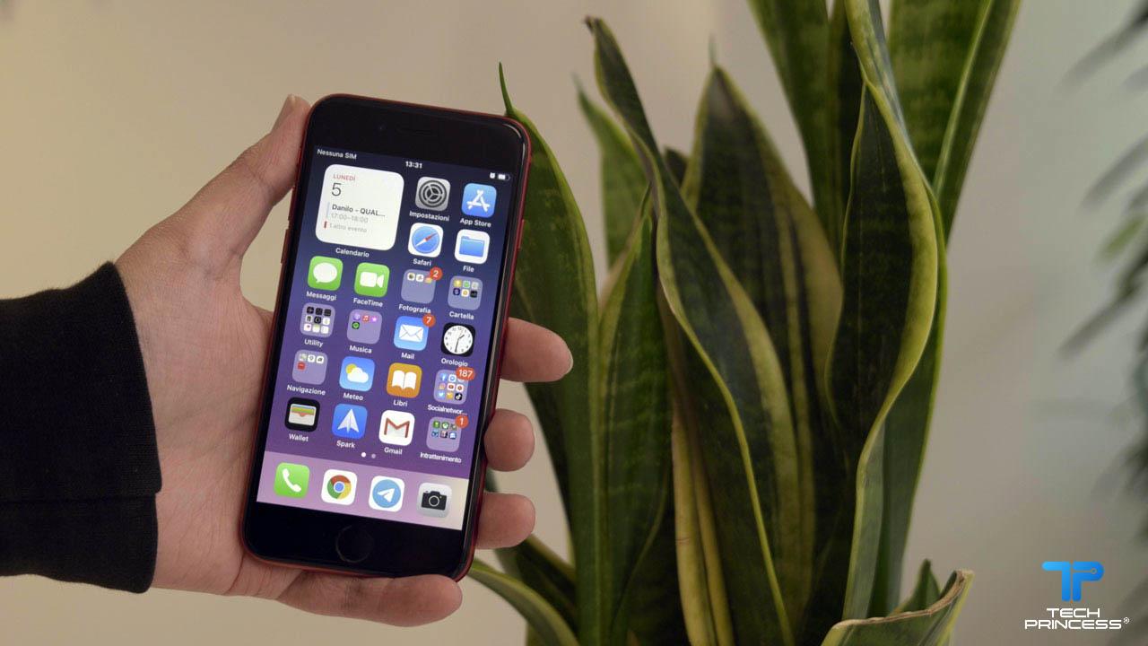 iPhone SE è il miglior smartphone per ragazzi? thumbnail