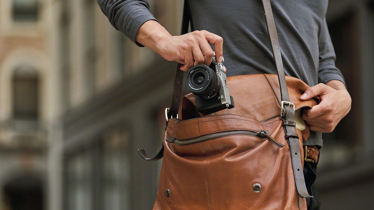Il programma per trasformare le fotocamere Sony in webcam arriva su macOS thumbnail