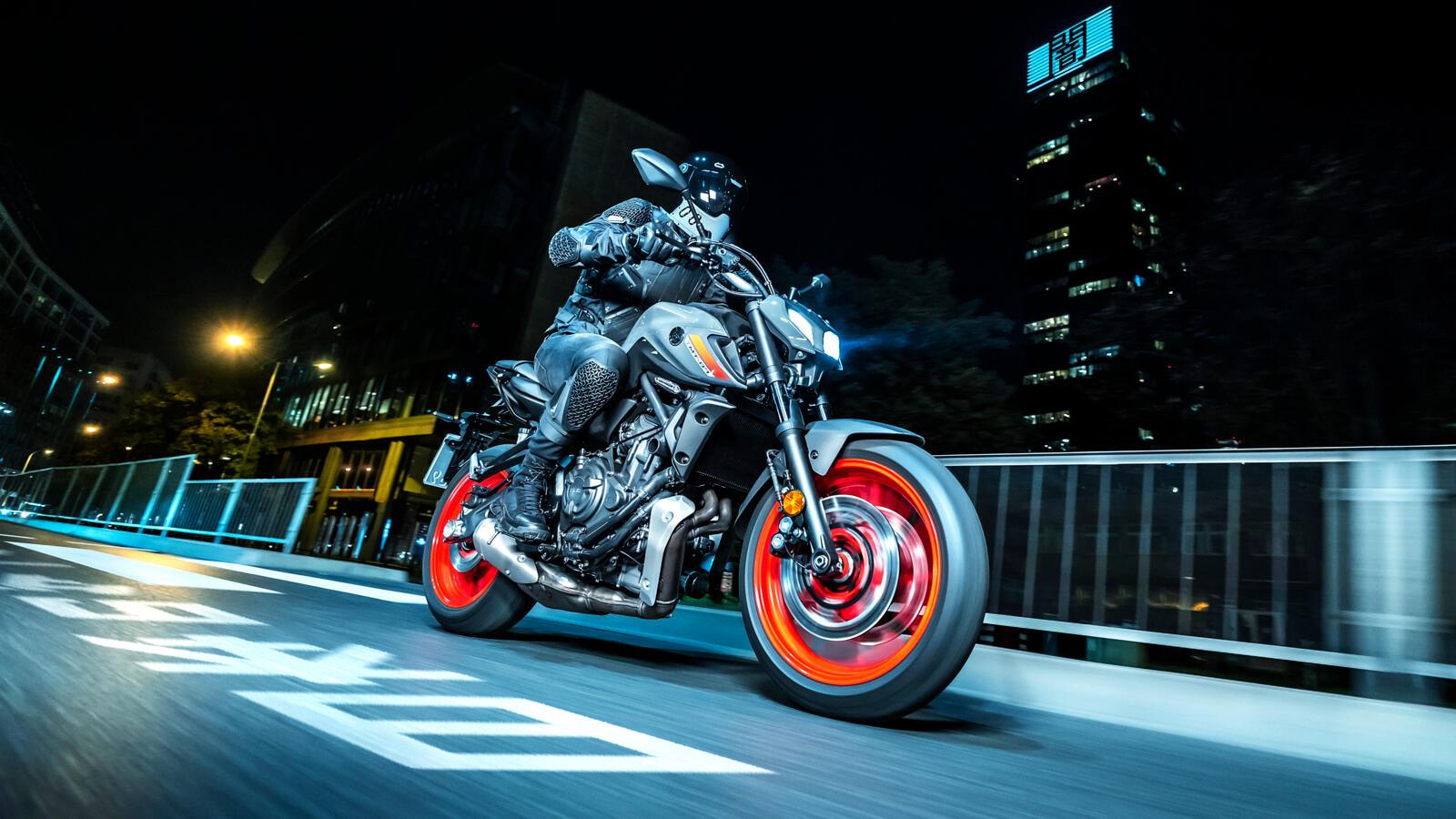 Yamaha MT-07 2021, rivisitata l'estetica e si passa a Euro 5 thumbnail