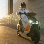 BMW Motorrad Definition CE04 copertina
