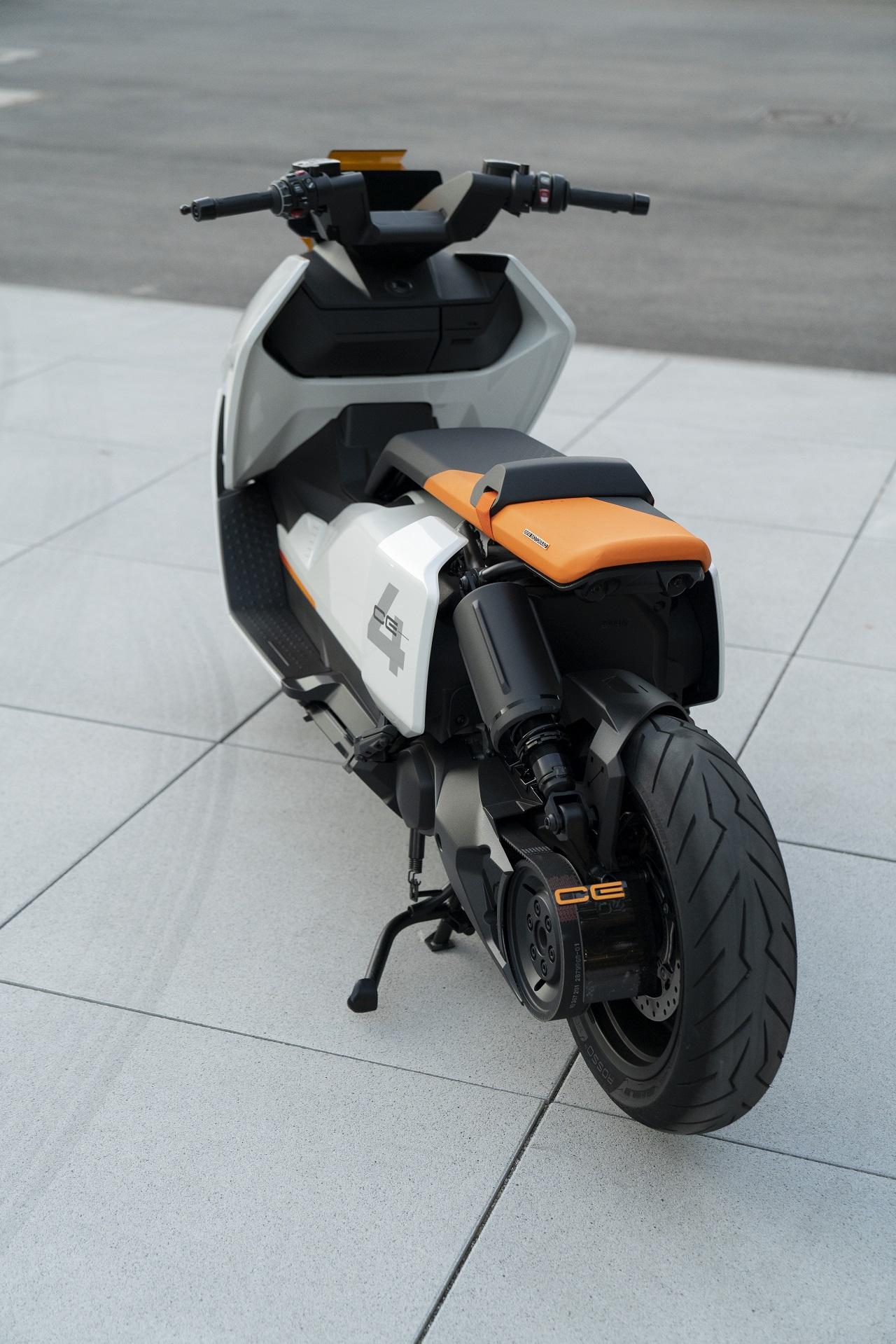 BMW Motorrad Definition CE04 posteriore