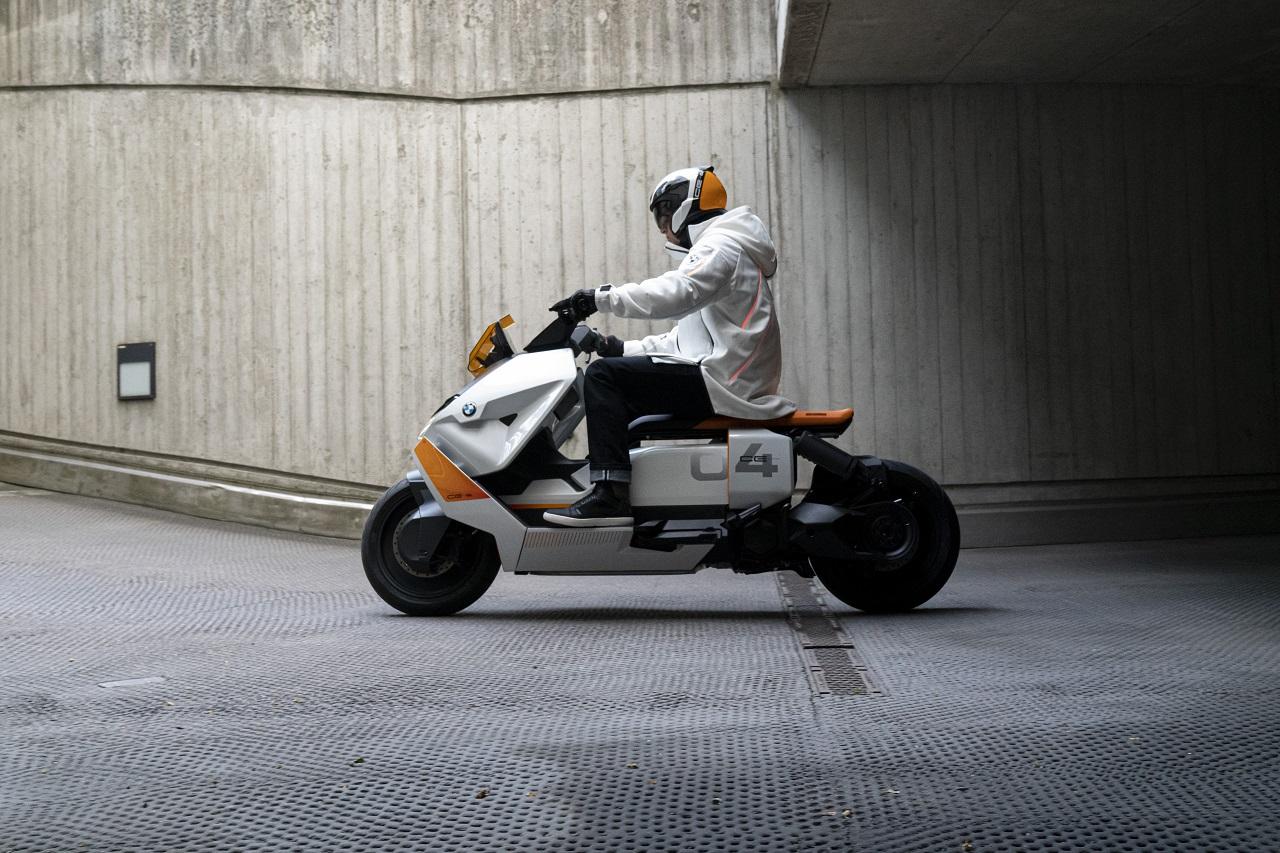 BMW Motorrad Definition CE04 scenario urbano