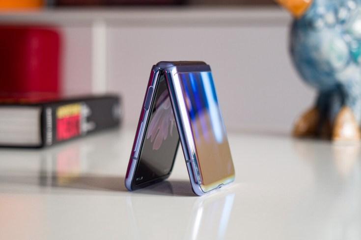 Samsung Galaxy Z Flip 3: i dettagli in anteprima thumbnail
