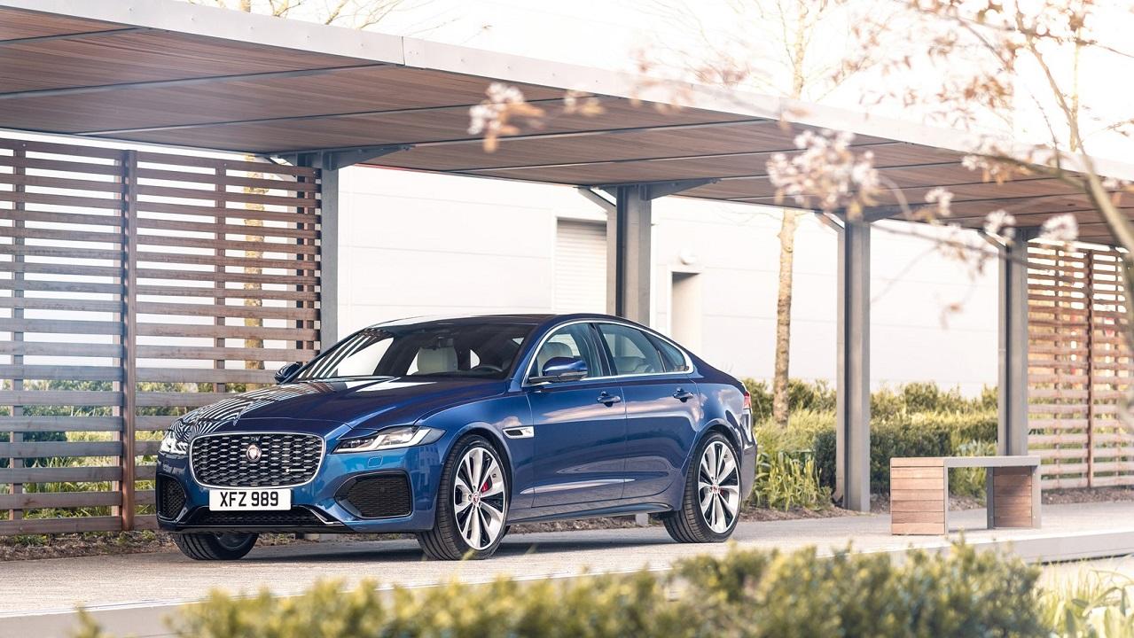 La nuova Jaguar XF si rinnova, ecco tutte le novità thumbnail