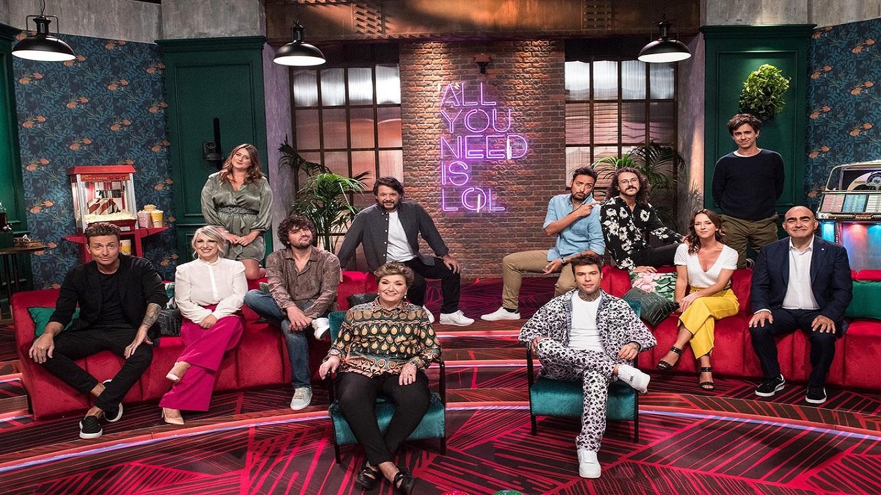 LOL: Chi ride è fuori, il nuovo comedy show in arrivo su Prime Video thumbnail