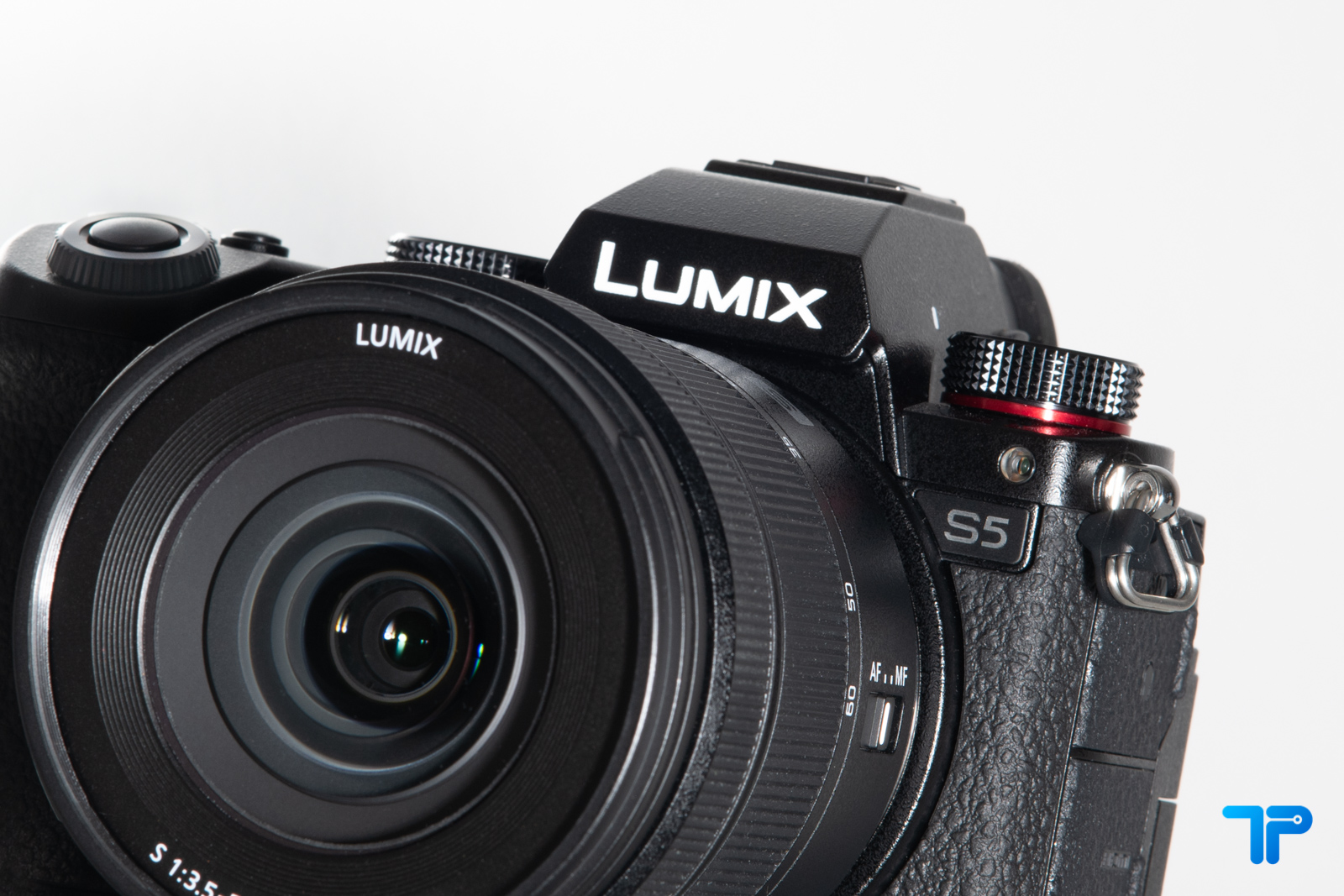 Lumix S5: altro che entry-level thumbnail