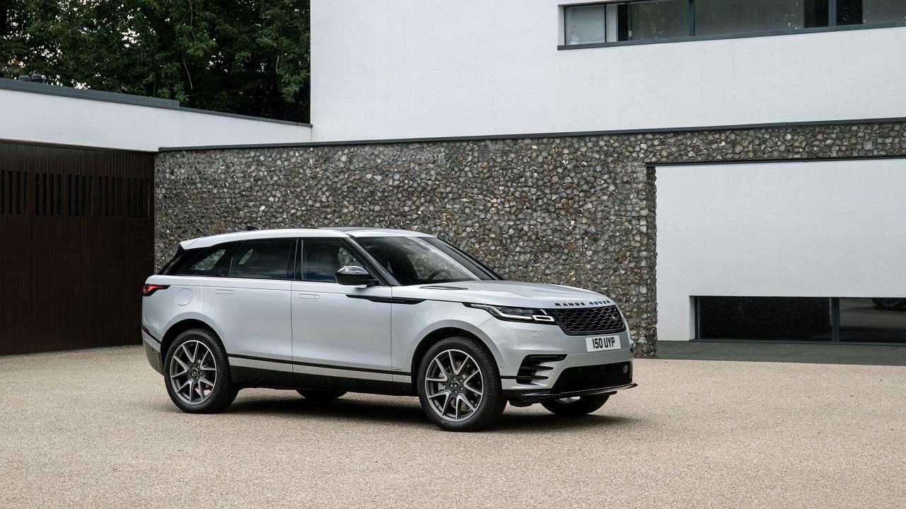Range Rover Velar: la gamma si rinnova ed arriva la versione plug-in thumbnail