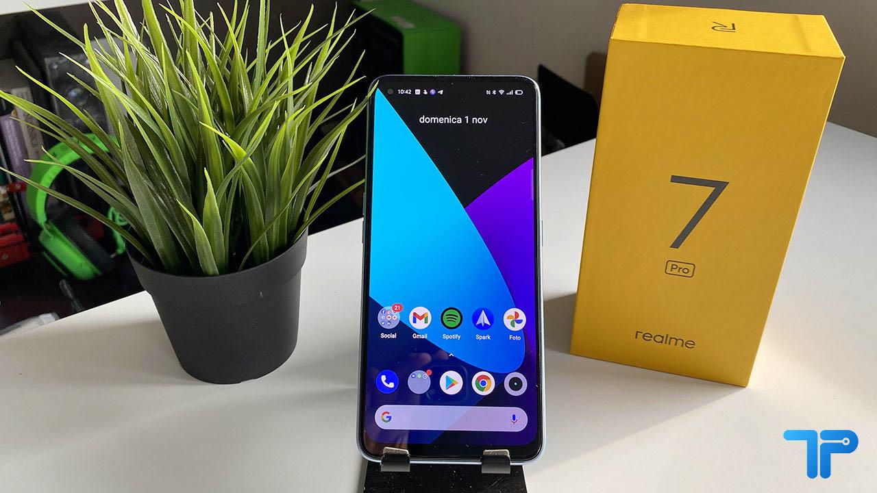 La recensione di Realme 7 Pro, lo smartphone che si ricarica in soli 30 minuti thumbnail