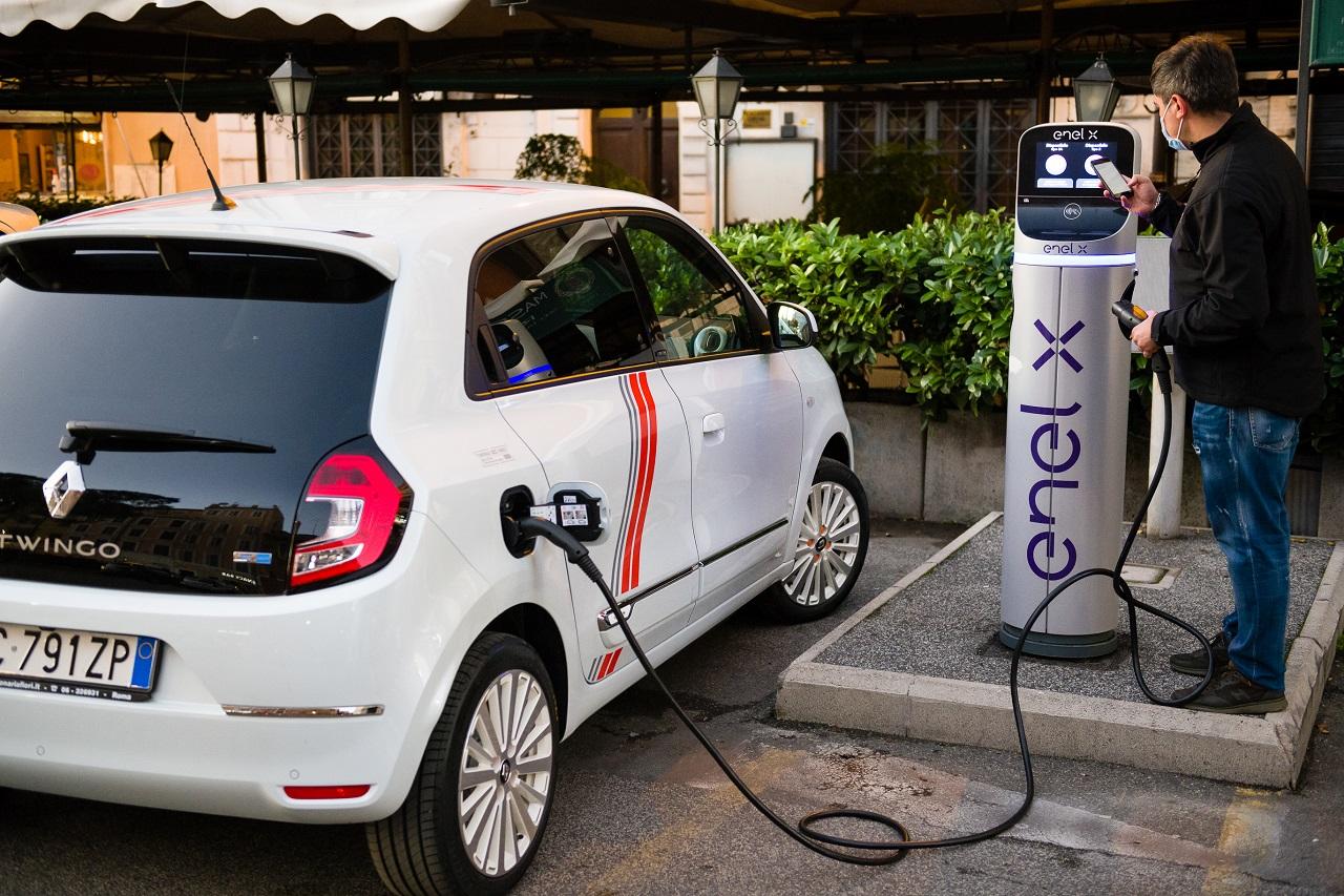 Renault Twingo Electric 2020 ricarica
