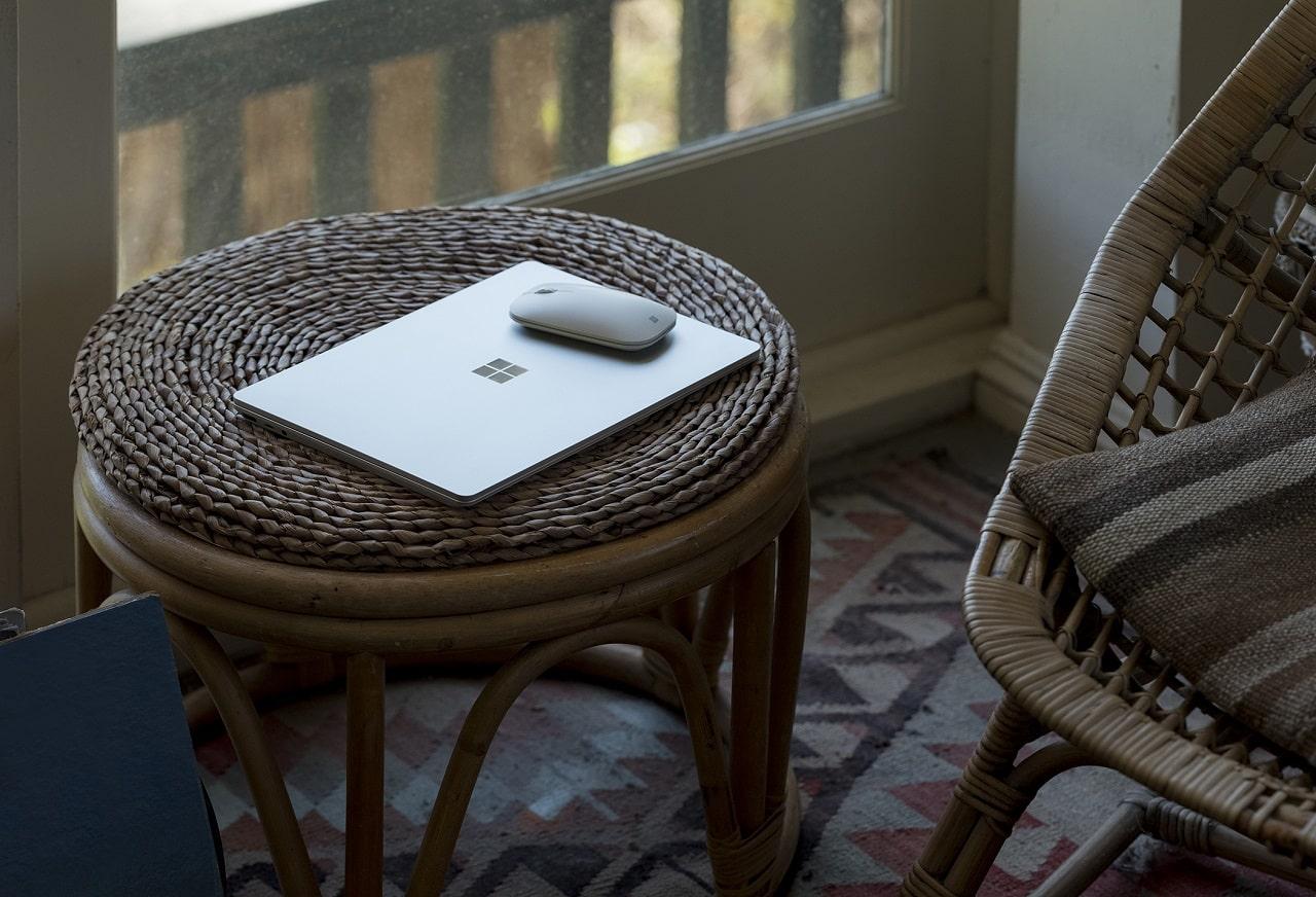 Surface laptop go prezzo caratteristiche