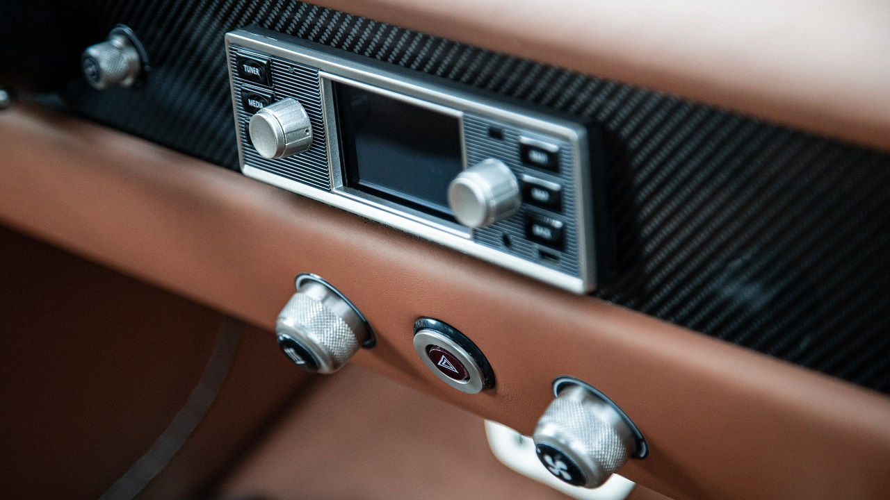 Totem GT electric infotainment