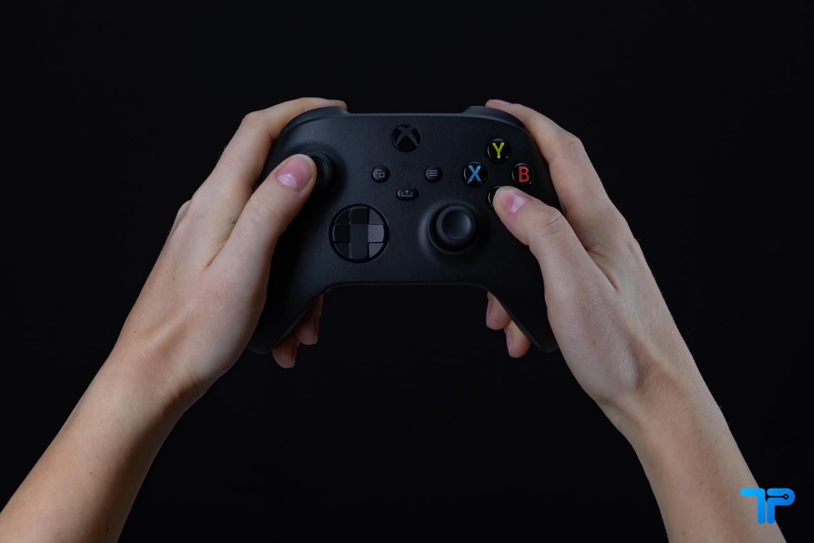 Xbox Series X recensione controller
