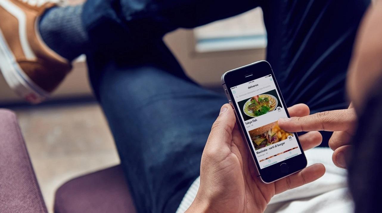 Deliveroo realizza una nuova ricerca sul cibo a domicilio thumbnail