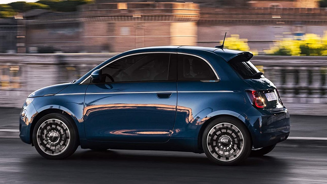 Leasys presenta il primo abbonamento per la nuova Fiat 500 elettrica thumbnail