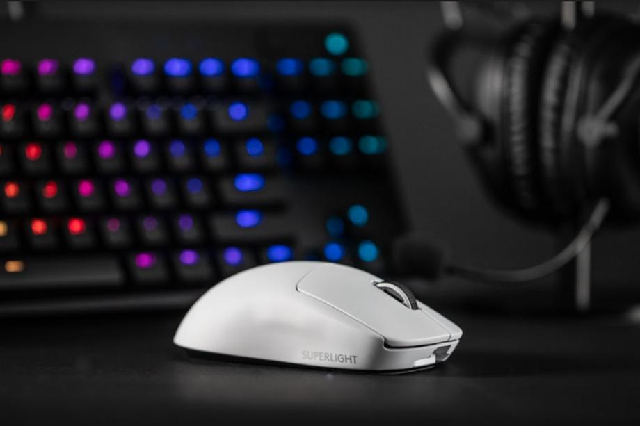 Logitech presenta il mouse da gaming più leggero al mondo thumbnail