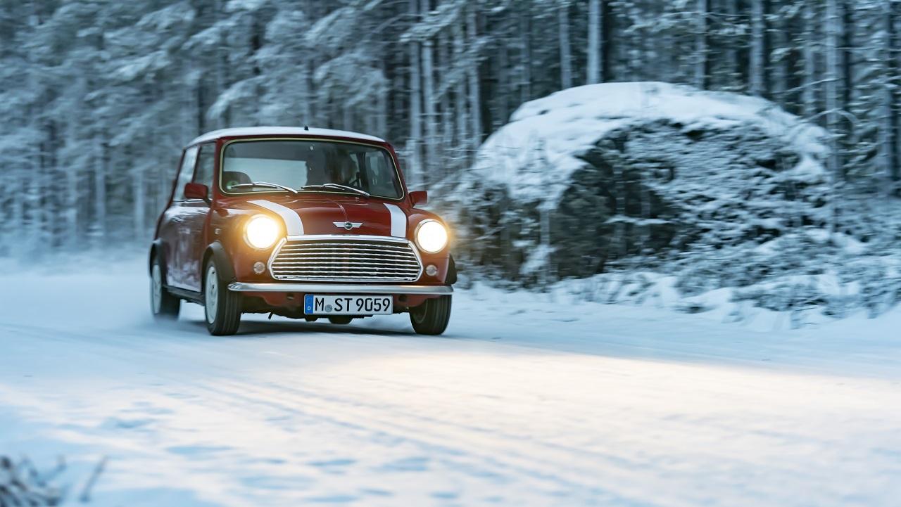 Una MINI Classica in regalo per una leggenda del Rally thumbnail