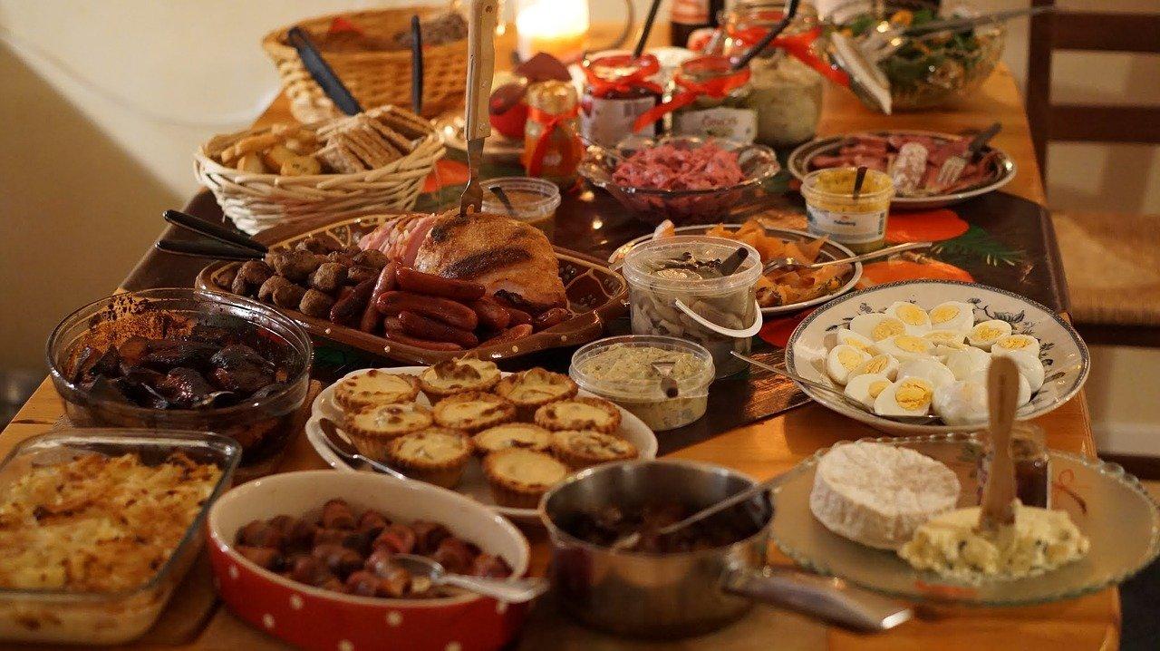 Natale e consumi, ecco come aumenta la bolletta thumbnail