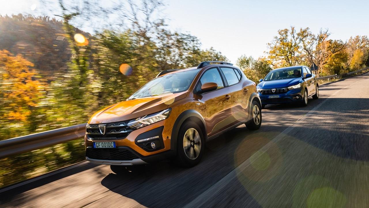 I dettagli e il prezzo di Dacia Sandero: è ancora la più economica sul mercato. E c'è anche il test drive di Fjona thumbnail