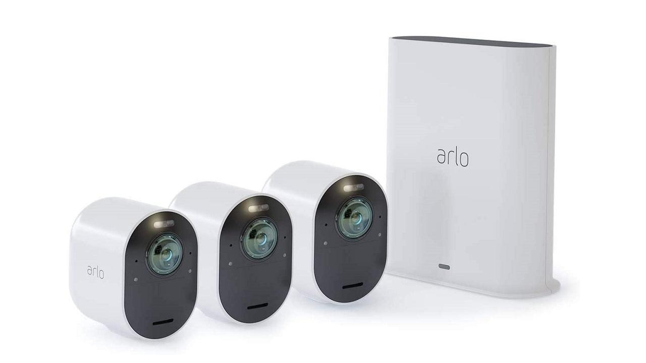 Arlo presenta i suoi dispositivi per la sicurezza notturna thumbnail