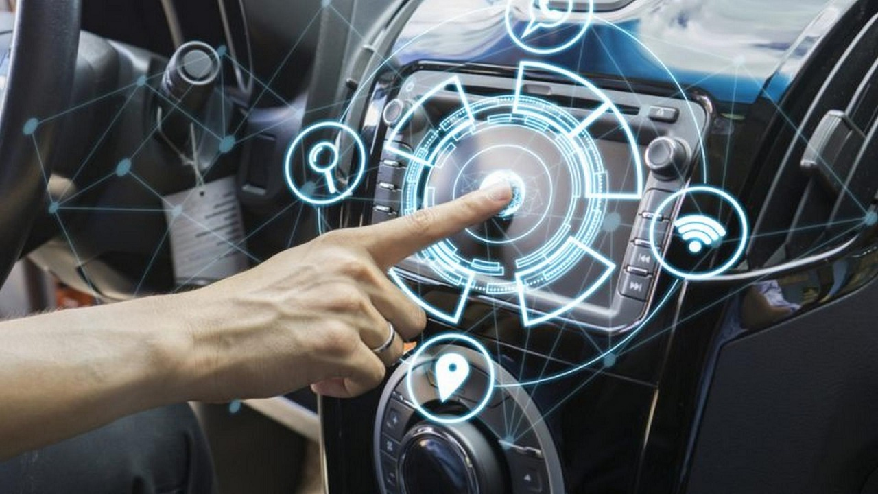 Auto connesse e smart home: i consigli per la sicurezza thumbnail