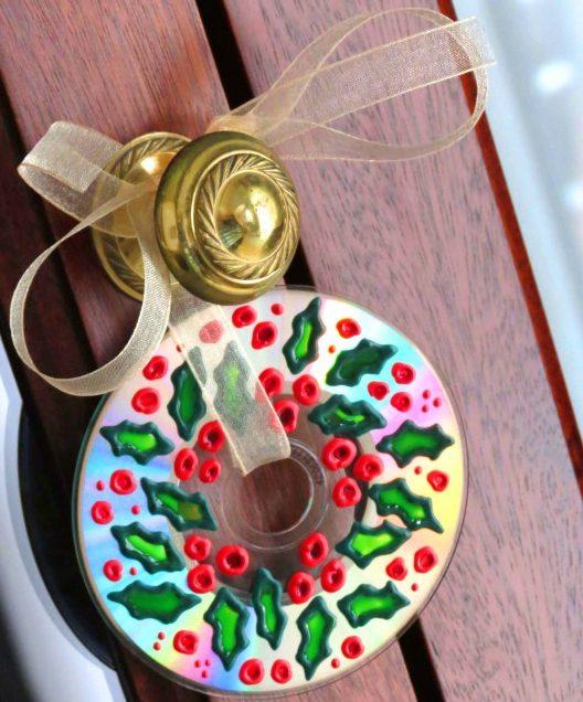 decorazione natalizia con cd regali di natale fai da te