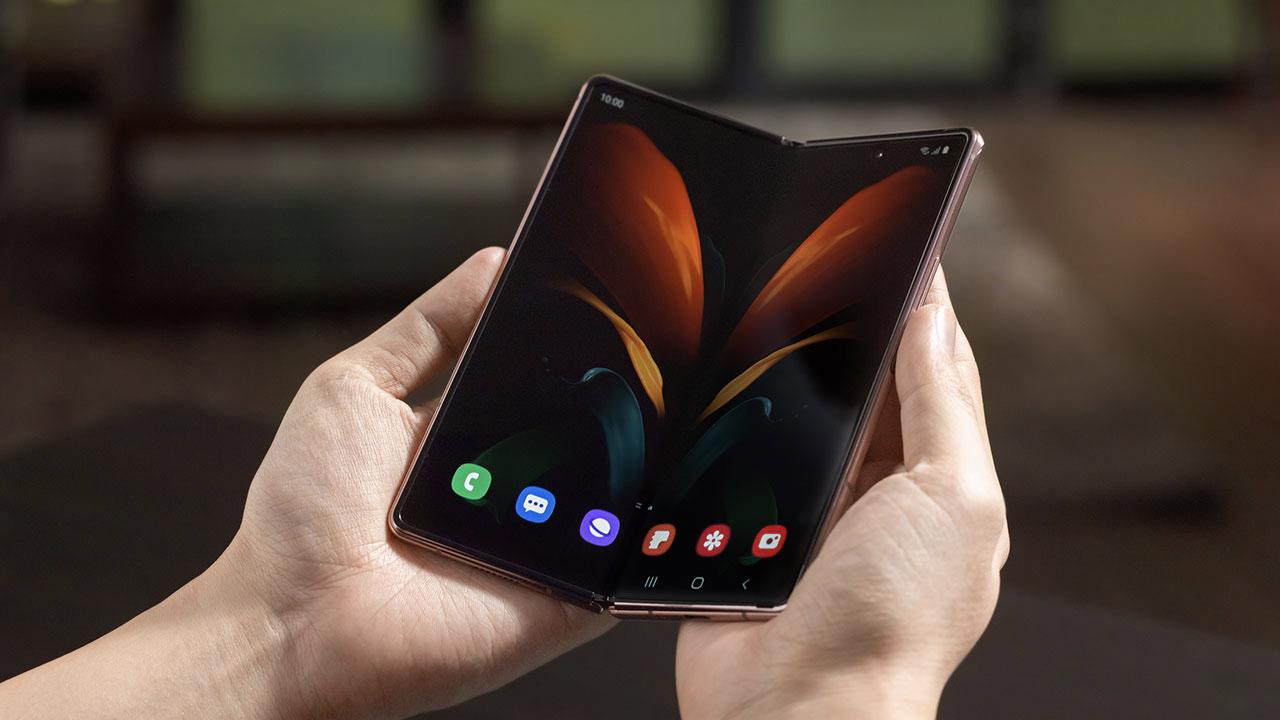 Google, Xiaomi e altri produttori annunceranno il loro pieghevole nel 2021 thumbnail
