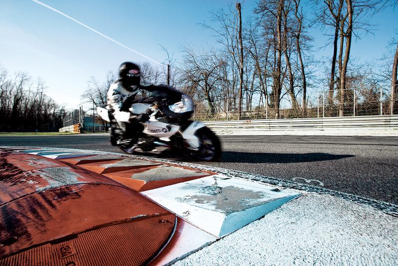 foto Zanardi moto Monza Max&Douglas