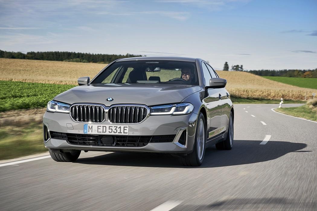 BMW 520e frontale