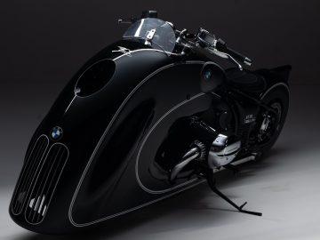 BMW Motorrad presenta ufficialmente la R 18 custom
