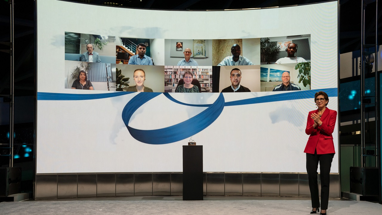 BMW Group premia i progetti di volontariato dei suoi dipendenti thumbnail