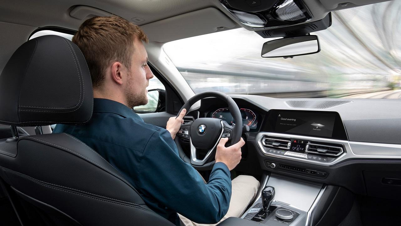 BMW iDrive: la nuova generazione in mostra al CES 2021 thumbnail