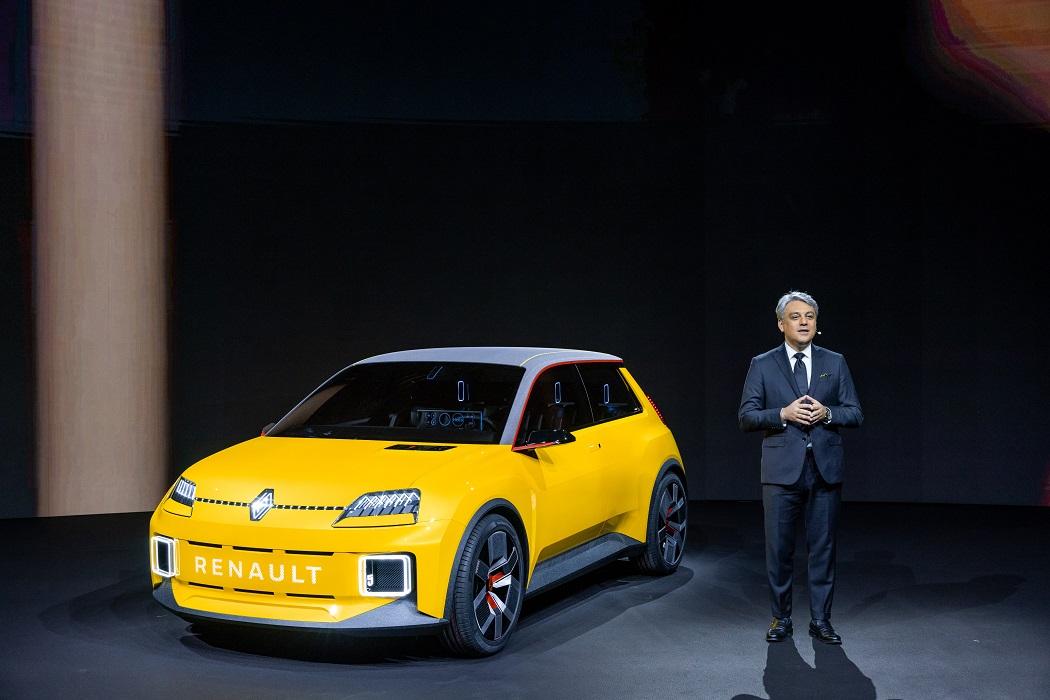 Renault r5 2022 e Luca De Meo