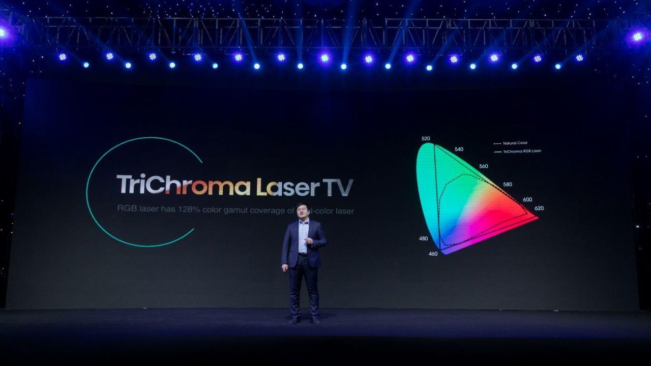 Le nuove TV di Hisense sono (quasi) invisibili thumbnail