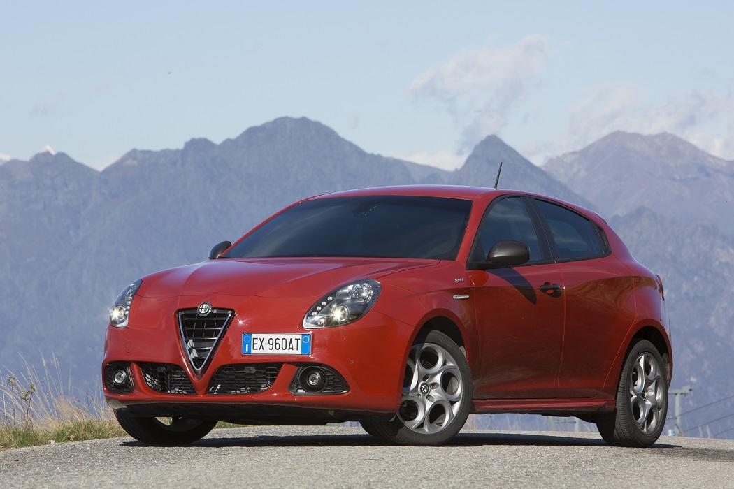 Alfa Romeo Giulietta con targa EX