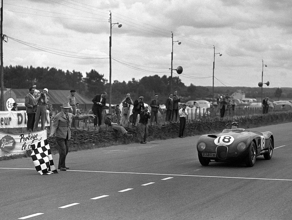 Jaguar C-Type a Le Mans nel 1953